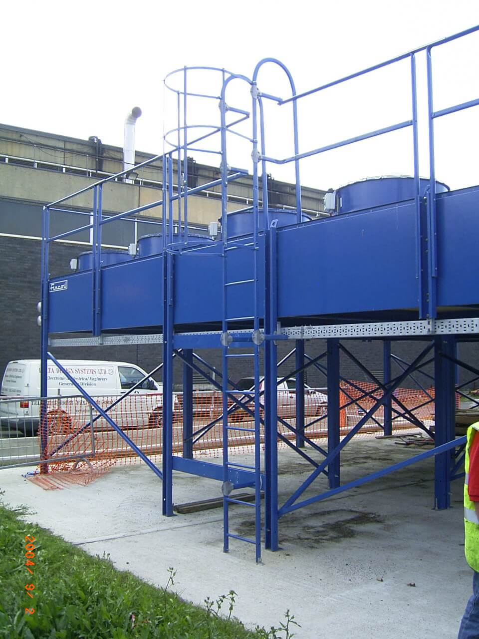 Sewage cooling treatment